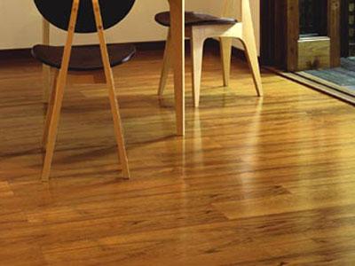 教你辨认真假柚木地板