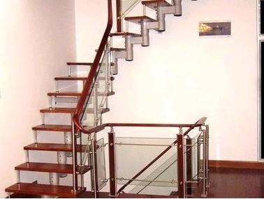 楼梯栏板图片欧式风格