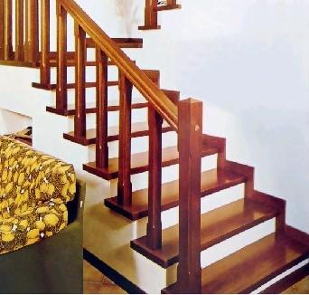 中式木楼梯扶手图片