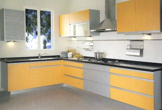 装修不仅仅是柜体、厨具、电器的简单叠加,而是整个厨房环境的有机组合,是一项整体规划的系统工程,目前很多公司在橱柜设计上仍停留在柜体单项设计上,并不注重厨房的整体环境及其对家人的影响。然而,近期出现厨房设计全案,为消费者提供了风格规划、环境规划、空间布局、专项治理、安全保障五大板块的整体厨房 设计全案。 2 S!
