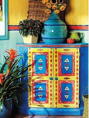 复古手绘家具色彩斑斓